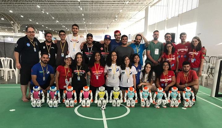Equipe JAGUAR se classifica em competição